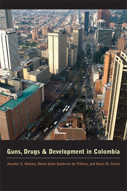 Cover of Guns, Drugs, and Development in Colombia